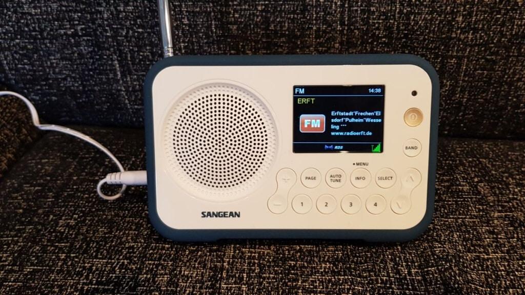 Sangean TRAVELLER 760 FM Ansicht
